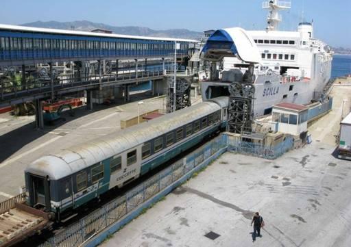 Presto-lo-Stretto-di-Messina-senza-pi-treni-1a8216b6f4fae791794d7258c16b85ff