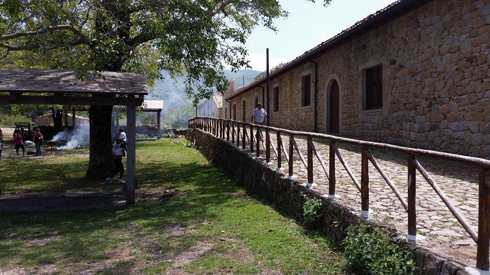 le-case-di-mangalaviti