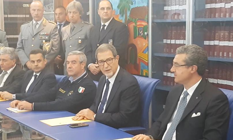 Musumeci presenta il piano per la gestione dell'antincendio